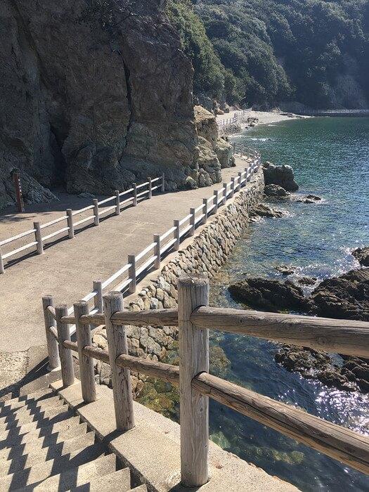 仙酔島の遊歩道