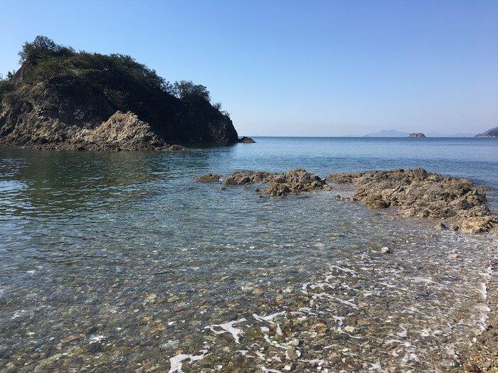 「彦浦の浜」の下加美島