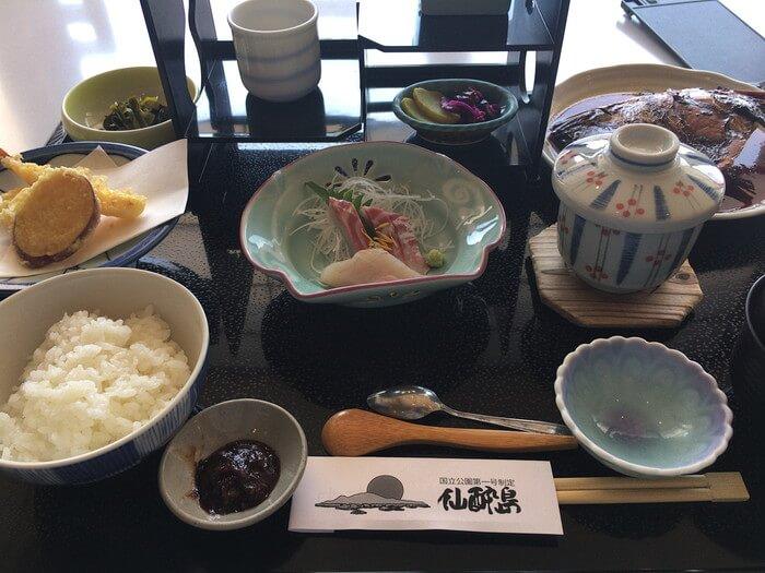 瀬戸の四季御膳(1500円)